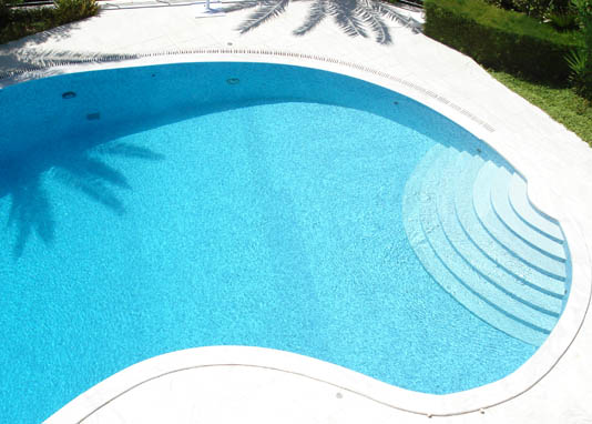 Pool edge finishing features - Culligan